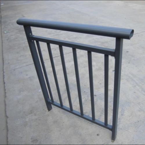 <b>铝护栏</b>
