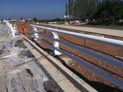 南京防撞栏杆安装